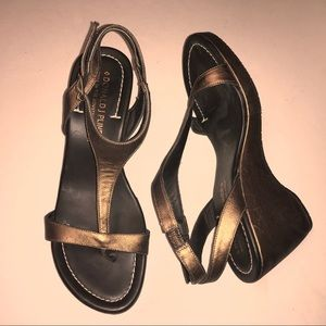 DONALD J PLINER bronze leather wedges